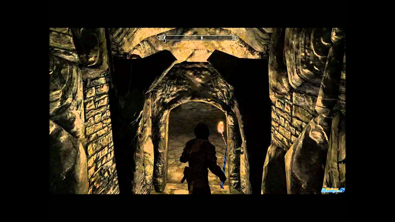 Skyrim how to get into dimhollow crypt