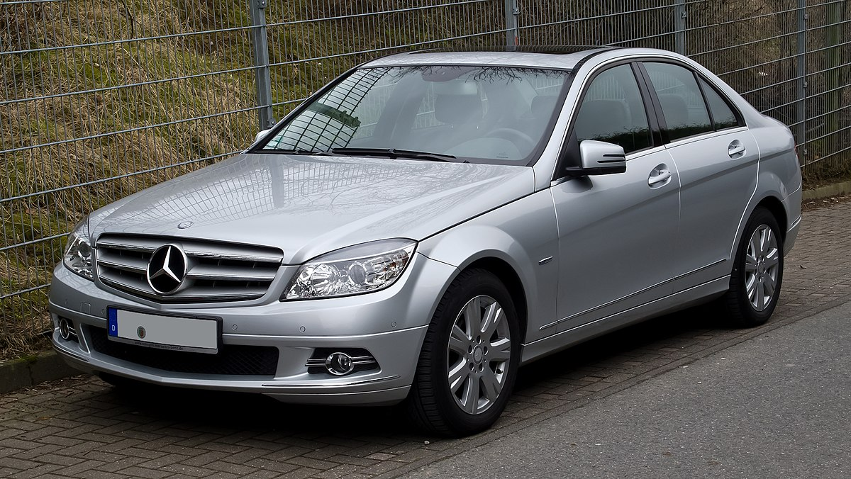 does the c63 amg come in manual